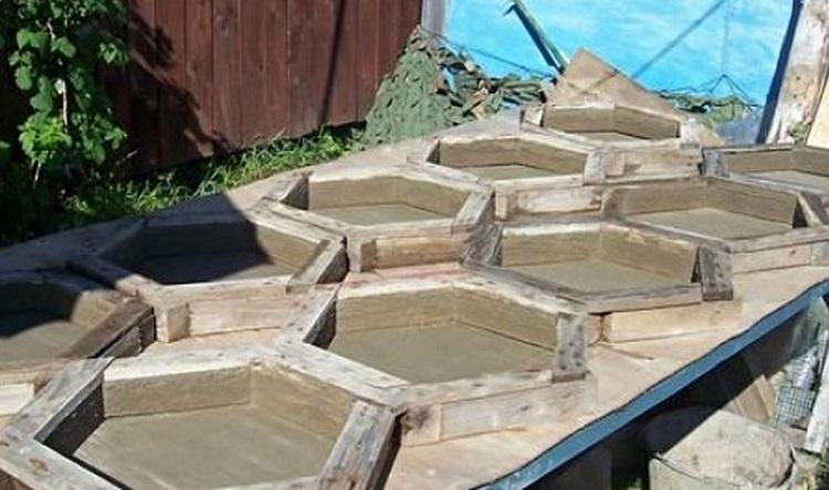 Возможные формы для изготовления тротуарной плитки своими руками